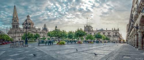 Panoramica, Catedral, Quiosco, Palacio de Gobierno , tomada en el amanecer