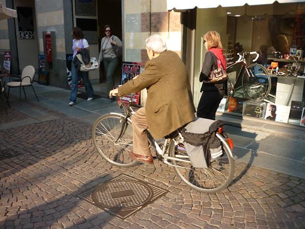 Italy-bikes_26
