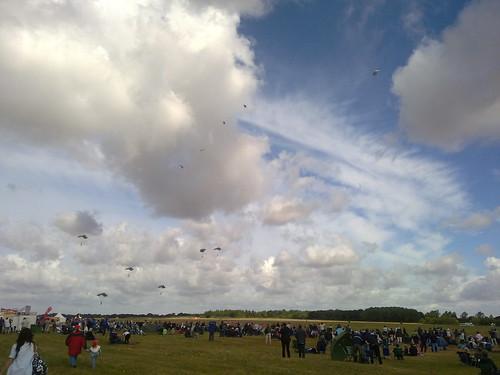 Parachuters at the RAIT2010