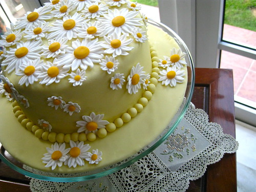 Cascading Daisies Cake