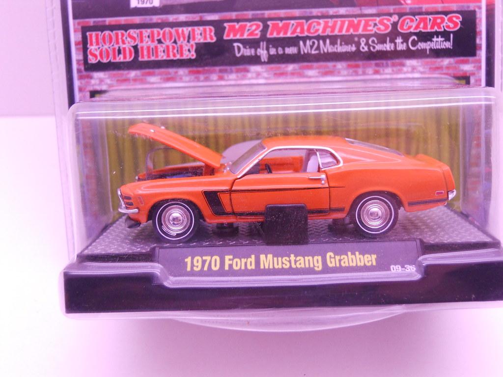 m2 1970 ford mustang grabber (2)