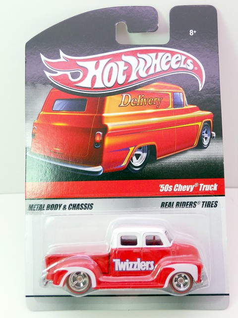 hot wheels delivery twizzlers '50s chevy truck  (1)