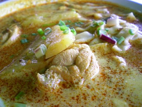 Curry handmade flat noodles 2