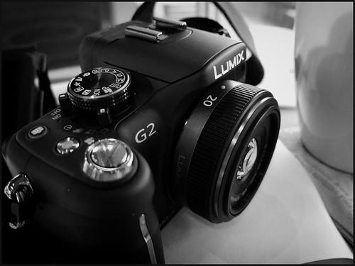 """New 20mm f/1.7 """"pancake"""" lens"""
