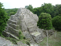 Mayaruinen von Yaxha