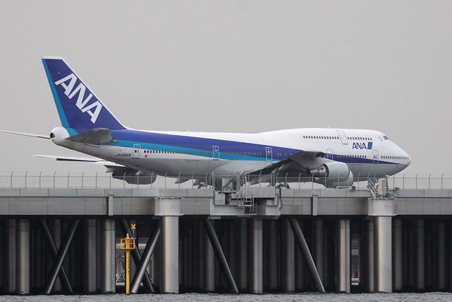 ANA B747-400D(JA8965)