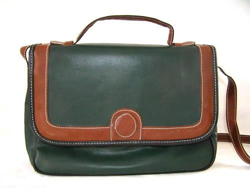 Handbag Green & Tan Trim 1