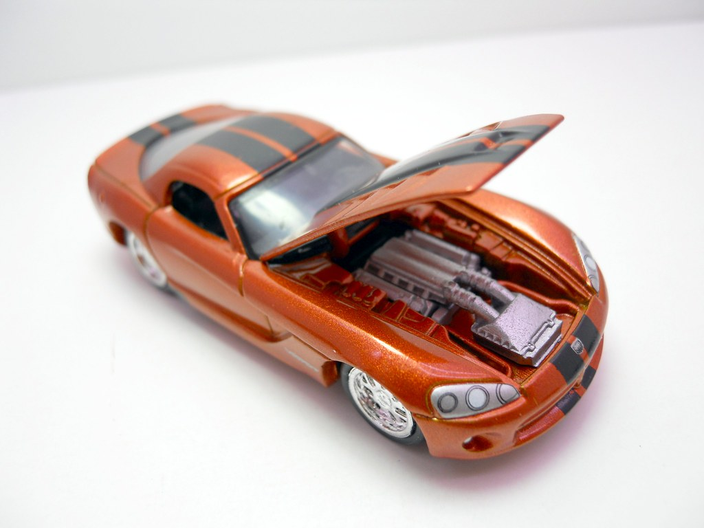 johnny lightning 2010 dodge viper srt10 (3)