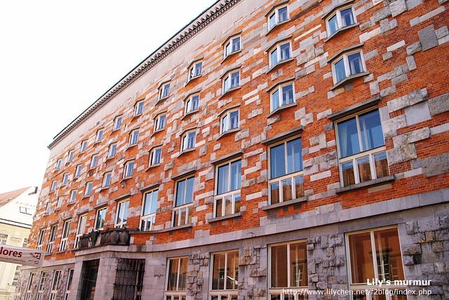 Ljubljana大學兼國家圖書館,外牆搶眼又特別!