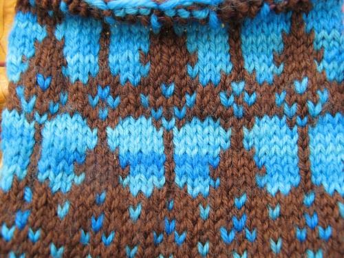 1207 butterfly mittens (closeup)