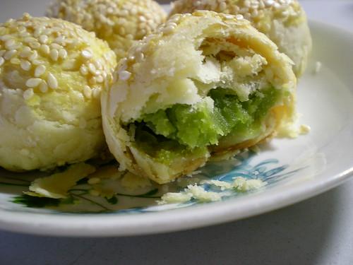 Bandong's pandan pastries 2
