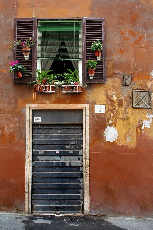 Somewhere between Piazza Navona and Campo de Fiori