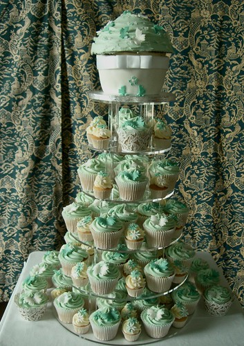 Cirencester Cupcakes - Gemma & Tom's Wedding Cupcakes