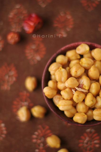 Ingredient set up for roasted chickpeas