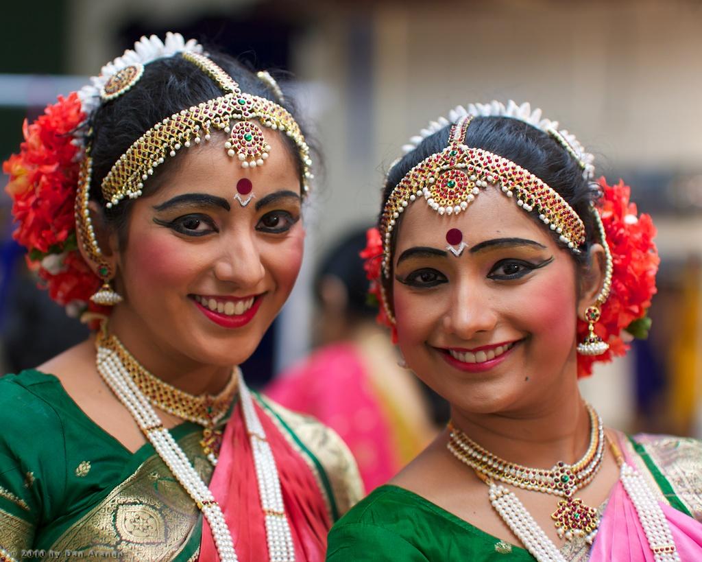 Kuchipudi Rangapravesam - Sravya and Lavanya