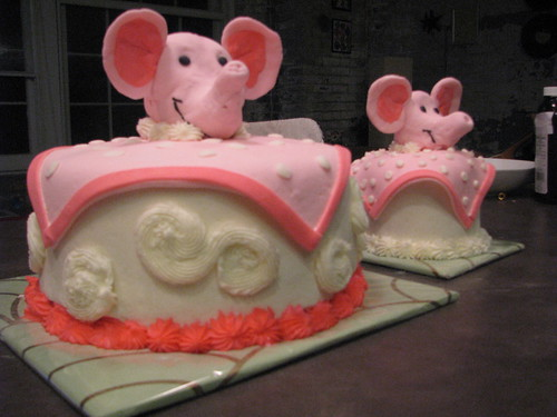 Elephant blanket birthday cakes