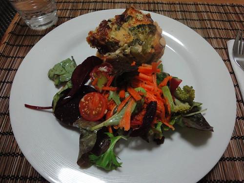 Quiche + salad