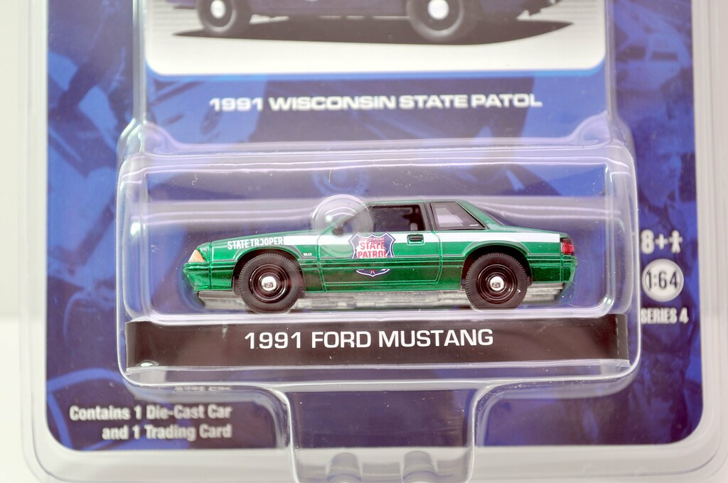 greenlight hot pursuit green machine 1991 ford mustang (2)