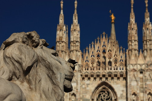 Lion & Madonnina @ Duomo, Milano