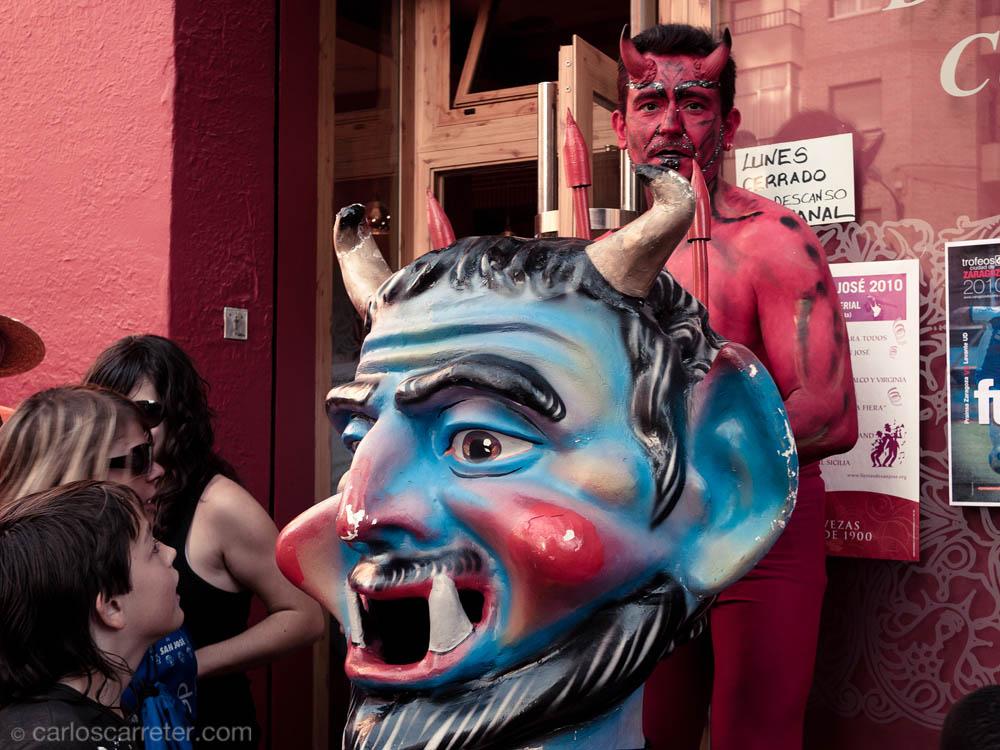 Cabezudo y diablo