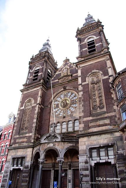 中央車站附近的教堂,好像也是年份相當久遠,但我現在已經記不得是什麼教堂了。