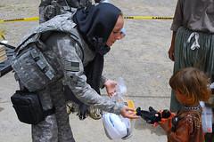 Humanitarian mission gift por The U.S. Army