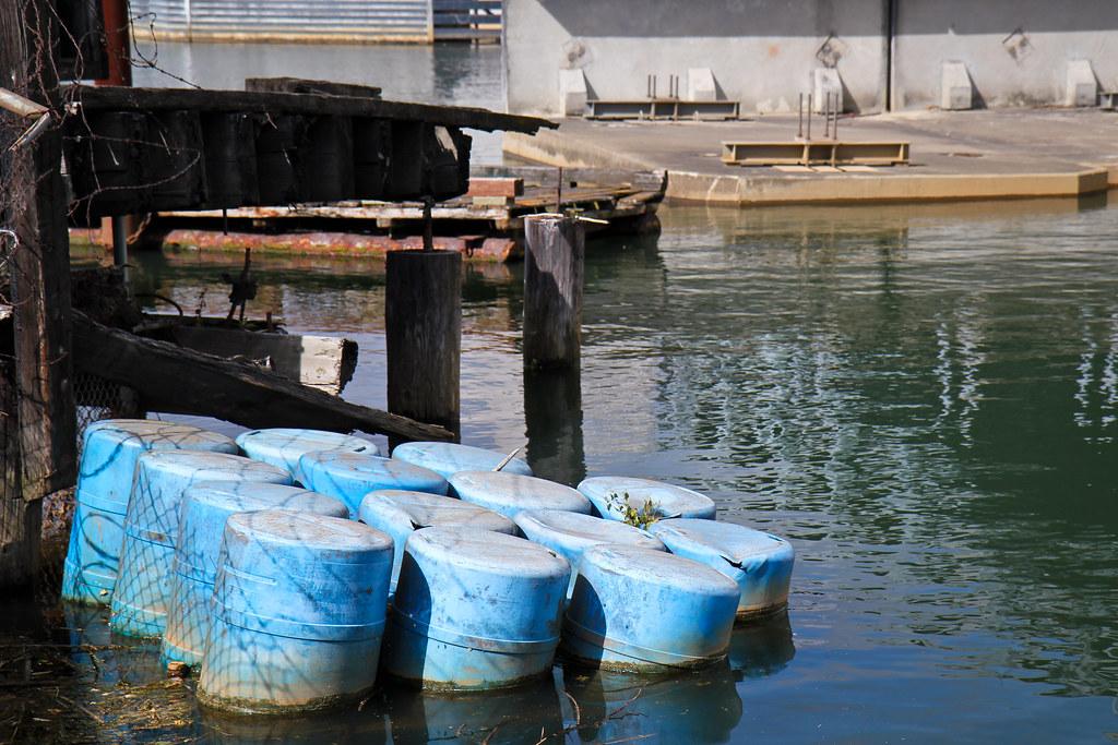 Sinking barrels