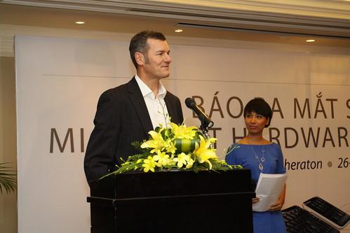 Alan Bowman - Pho Giam Doc Khu Vuc Bo Phan Tiep Thi va Ban Le Chau A Thai Binh Duong