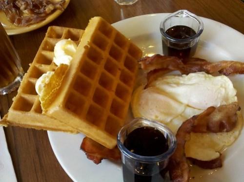 Breakfast at Mimi's