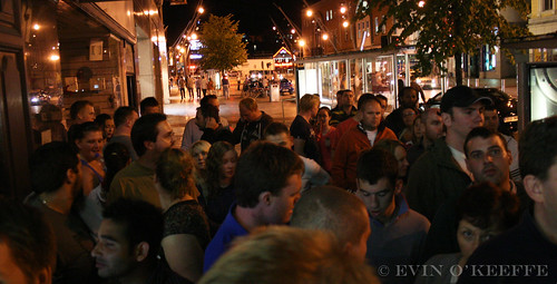 iPhone 4 Launch in Cork City at 3 Store