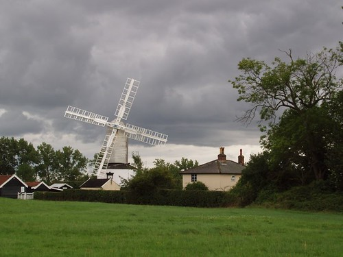 201008270122_Saxtead-Green-mill