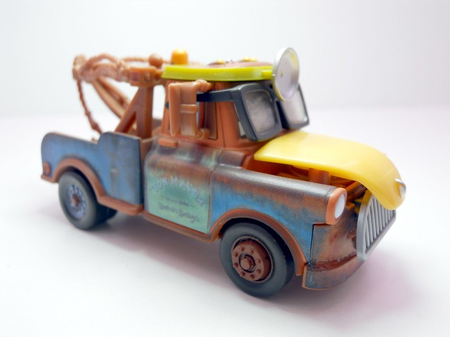 cars toon tokyo mater dr. abschlepp wagen (3)