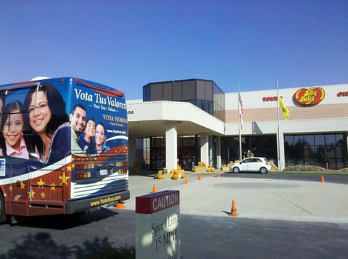 VotaBus at the Jelly Belly factory