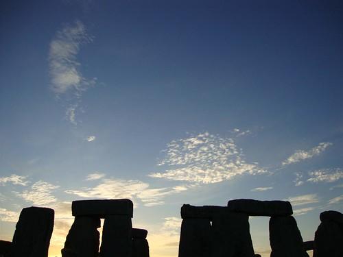 Sunset en día del Solsticio de Verano en Stonehenge
