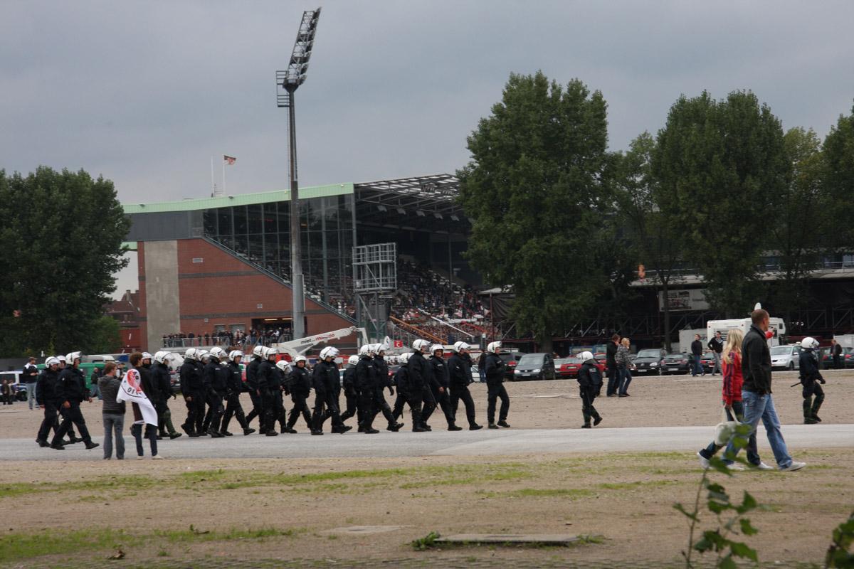 Pauli gegen HSV (Foto von airsoenxen)