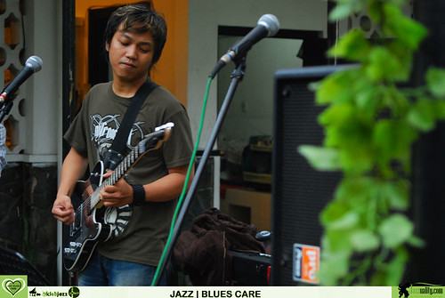 Jazz Cares - Iman Brata Trio (4)