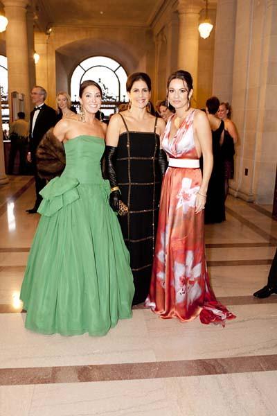 Marybeth La Motte, Lisa Grotts, Keylee Sanders