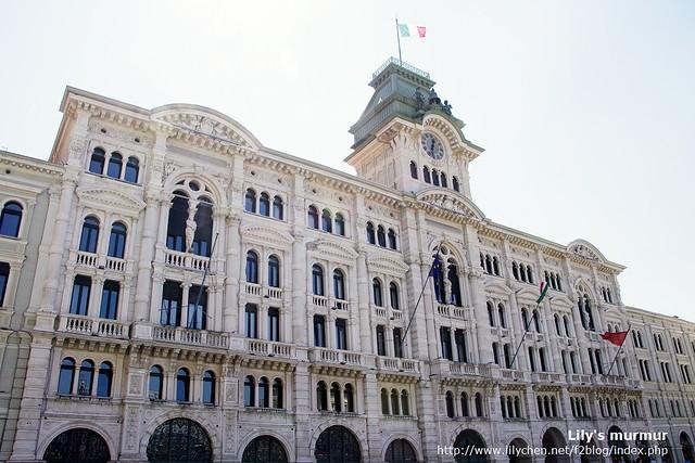 Treiste廣場旁的市政廳,這個廣場一定要來,雄偉壯麗氣派!