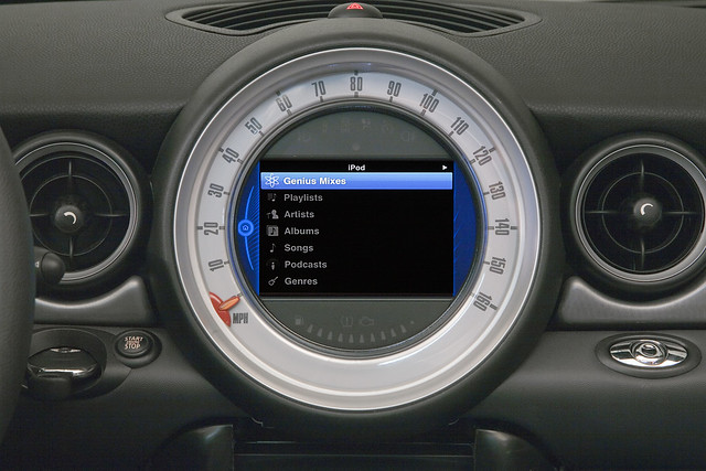 MINI Connected iPod feature