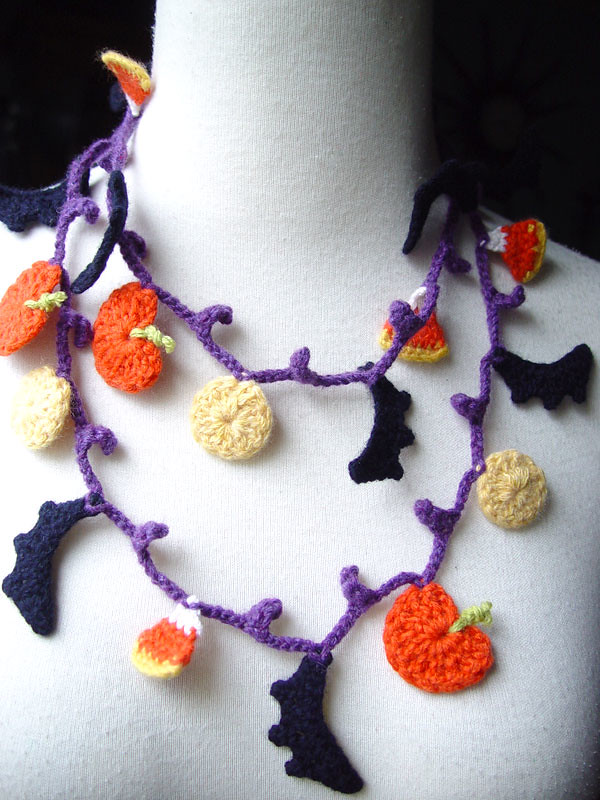 Crochet Halloween Bats Lariat Necklace