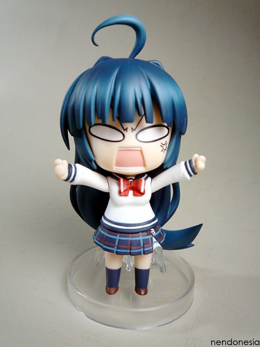 I wonder why she is so angry ... ^^;