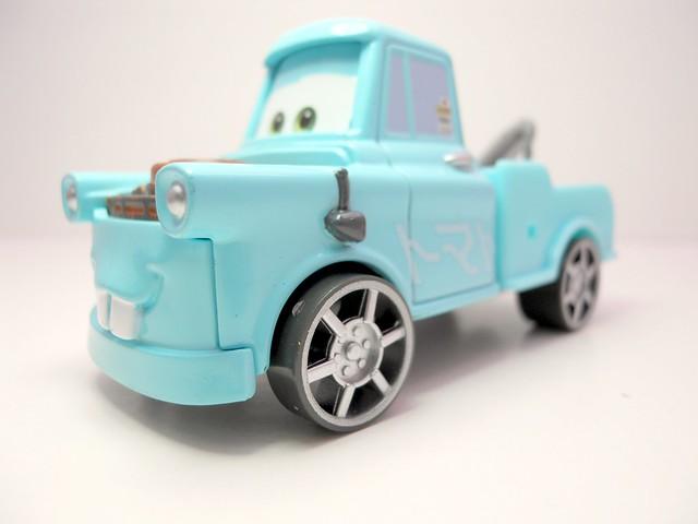 cars toon tokyo mater drift party mater (2)