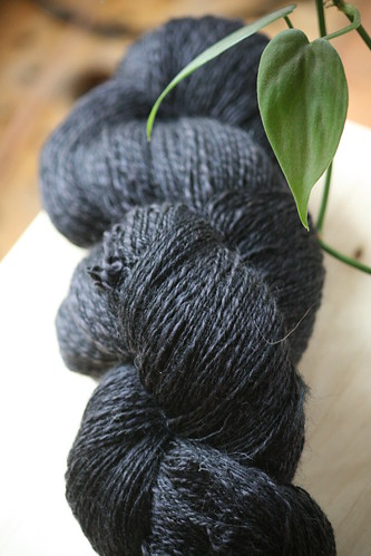 Hello Yarn Corriedale Grey & Black