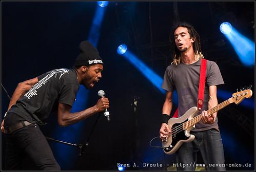 Matt Bastard & Jay Gimenez / Skip The Use