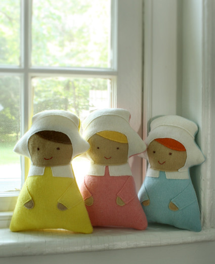 Wee Bonneted Baby Dolls!