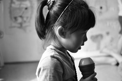 「幸福的孩子愛唱歌」:左右小歌手練唱篇(5.11ys)