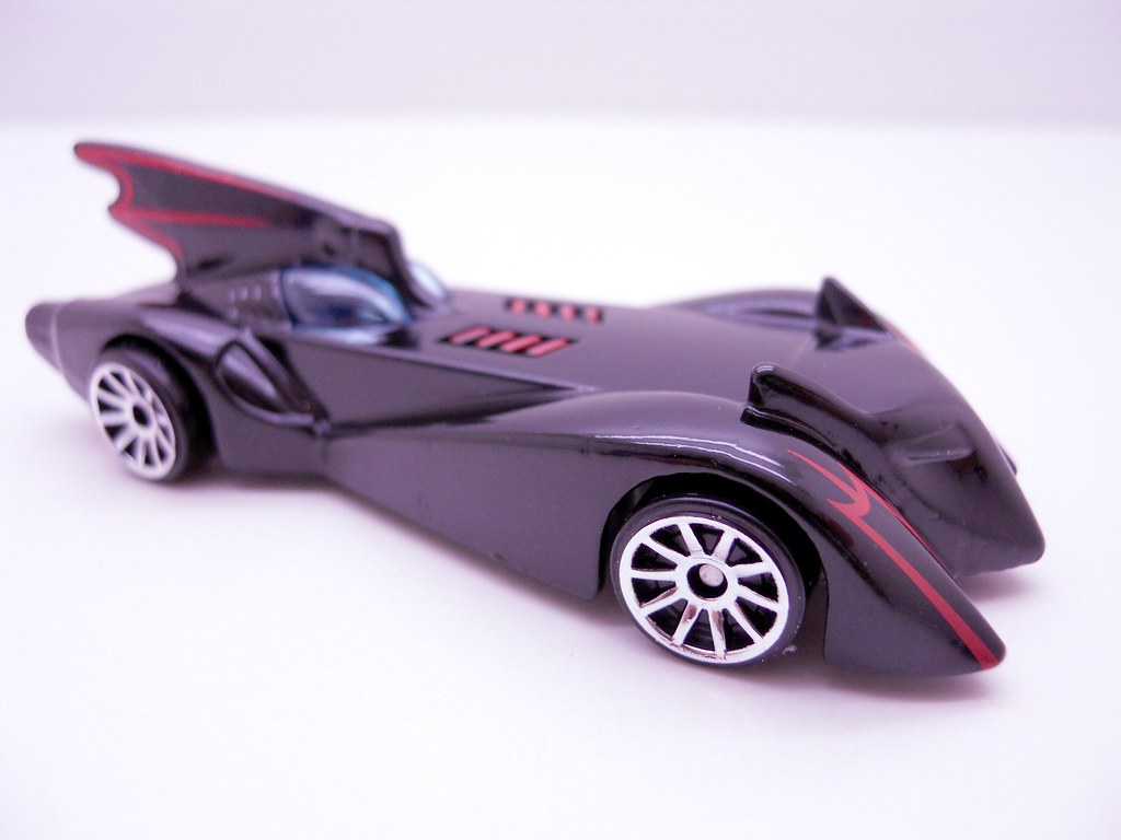 hws 2010 new model batmobile (3)
