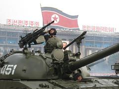 Salueren naar de Kims