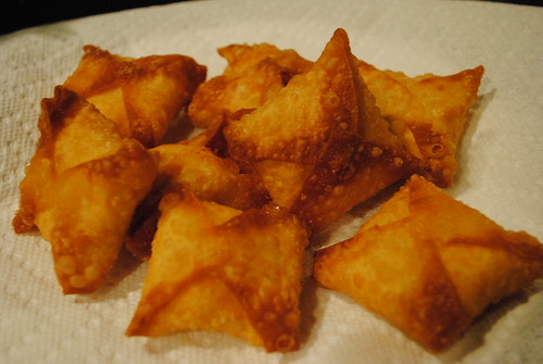 mashed potatoes wrapped in wonton wrappers