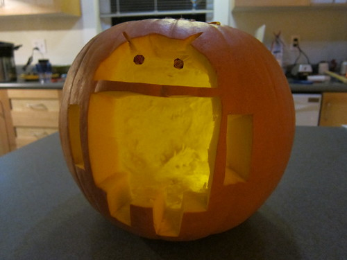 Taylor's (and my) Droid o'Lantern